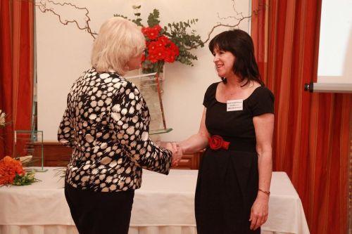 2.miesto Sanofi - Aventis Pharma Slovakia, spol. s r.o. Bratislava, ocenenie prevzala Milica Moilitorisová - generálna manažérka pre Slovensko