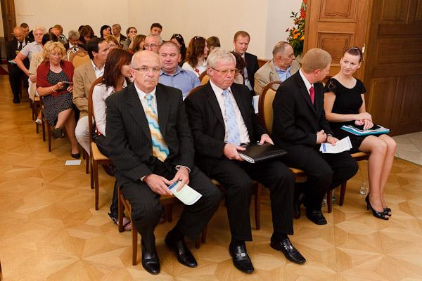 účastníci a účastníčky konferencie