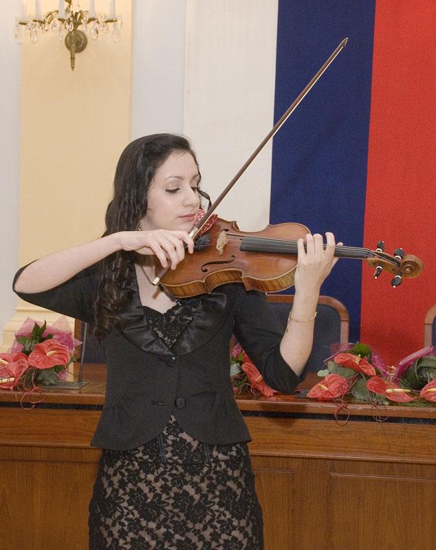 komorné vystúpenie huslistky Barbory Botošovej